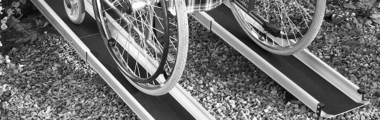 prenosne-zasouvaci-najezdy-pro-invalidni-voziky.jpg