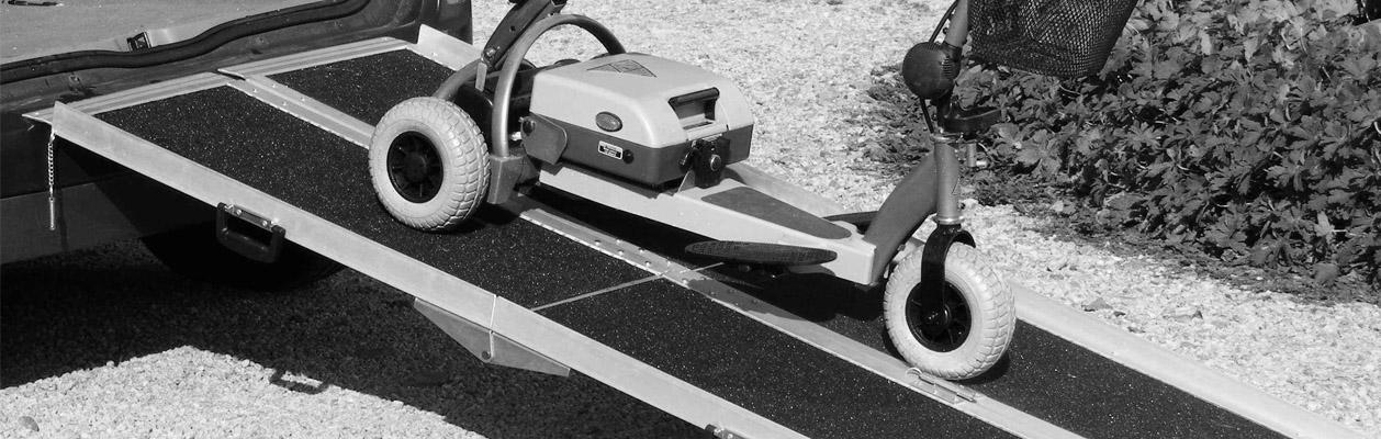 trikrat-slozitelne-prenosne-najezdy-pro-invalidni-voziky.jpg